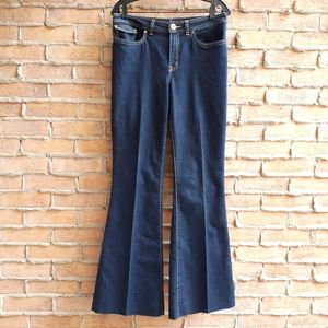 le chateau Stretch Flared Jeans